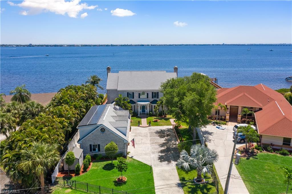 1807 Coral Circle Property Photo - NORTH FORT MYERS, FL real estate listing