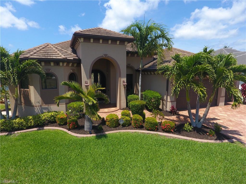 432 SW 39th Avenue Property Photo - CAPE CORAL, FL real estate listing