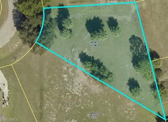 6321 Castlewood Circle Property Photo