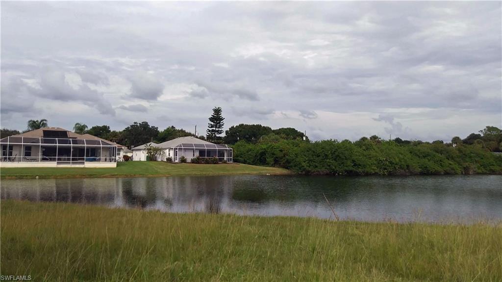 305 Sunset Road N Property Photo - ROTONDA WEST, FL real estate listing