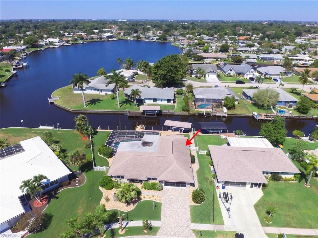 4531 Forest Glen Drive Property Photo - NORTH FORT MYERS, FL real estate listing