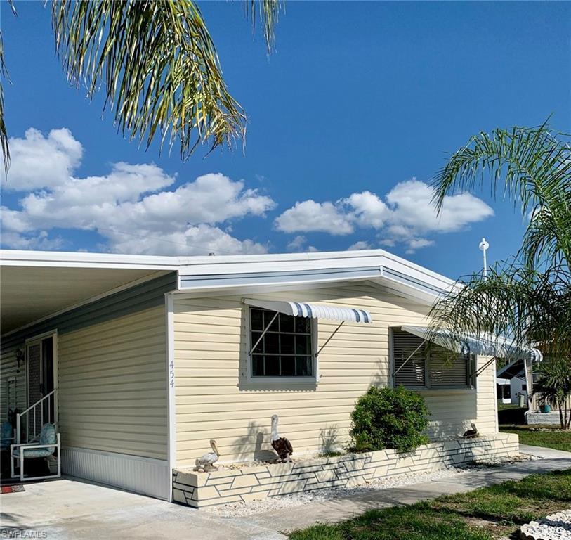 454 Jacaramba Court Property Photo - NORTH FORT MYERS, FL real estate listing