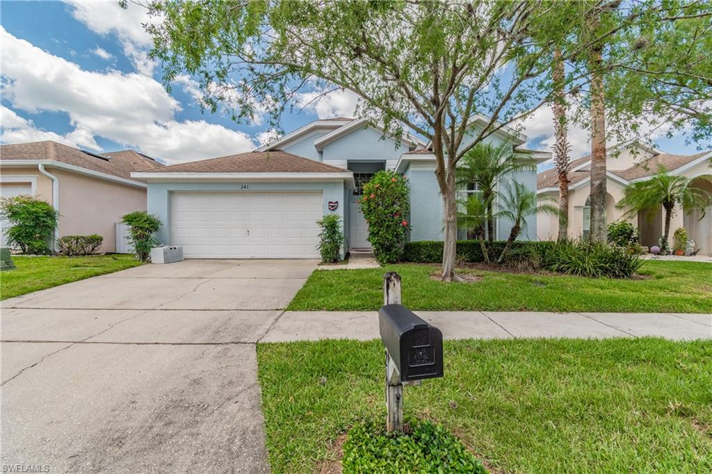 241 Lockbreeze Drive Property Photo - DAVENPORT, FL real estate listing