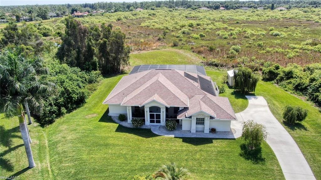 818 Julio Circle Property Photo - LEHIGH ACRES, FL real estate listing