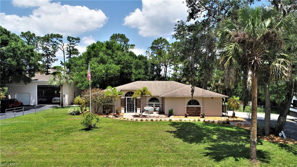 17870 Leetana Road Property Photo - NORTH FORT MYERS, FL real estate listing