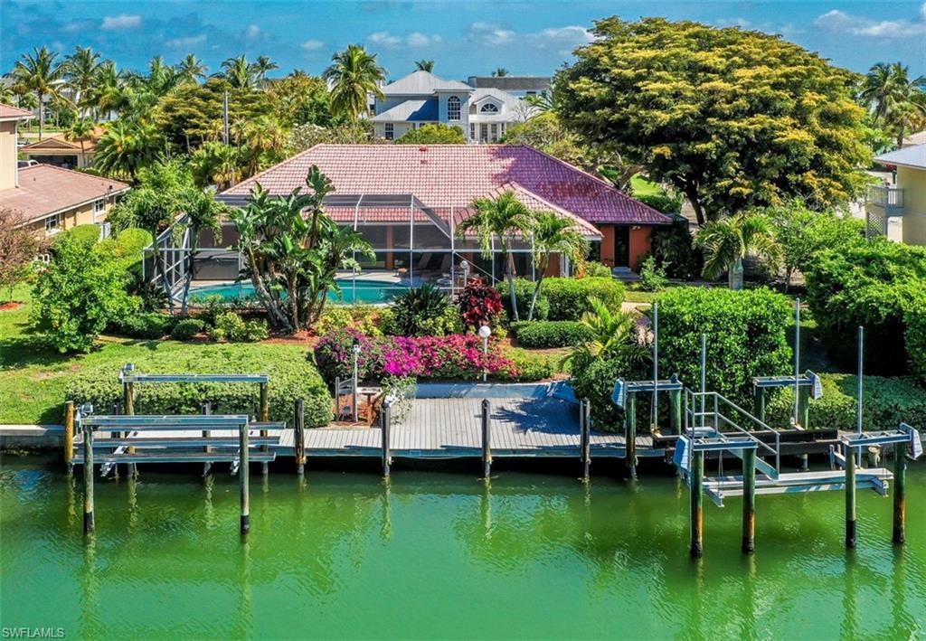 775 Limpet Drive Property Photo - SANIBEL, FL real estate listing
