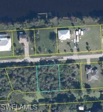 8205 Caloosahatchee Drive Property Photo 1