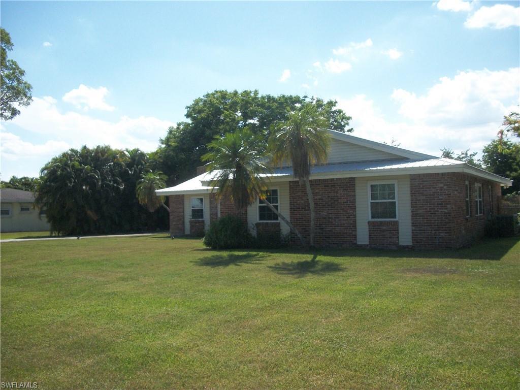 209 De Soto Avenue Property Photo - CLEWISTON, FL real estate listing