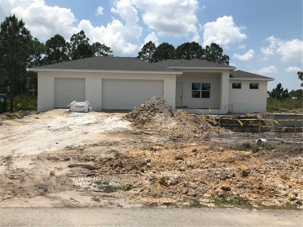 907 Pine Avenue Property Photo - LEHIGH ACRES, FL real estate listing