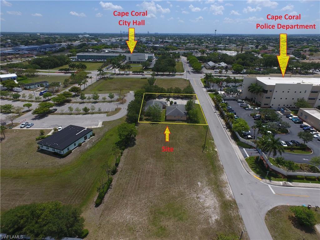 611 SE 11th Street Property Photo - CAPE CORAL, FL real estate listing