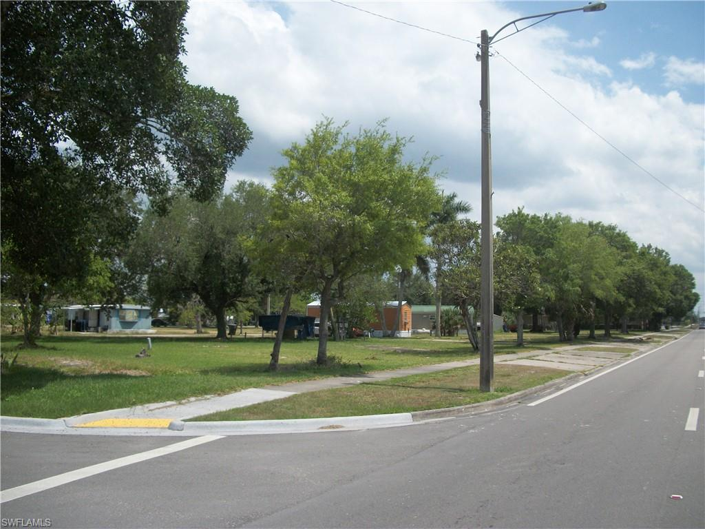 573 &51 Commercio Street Property Photo - CLEWISTON, FL real estate listing