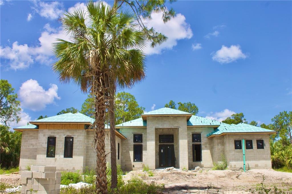 543 31st Street SW Property Photo - NAPLES, FL real estate listing