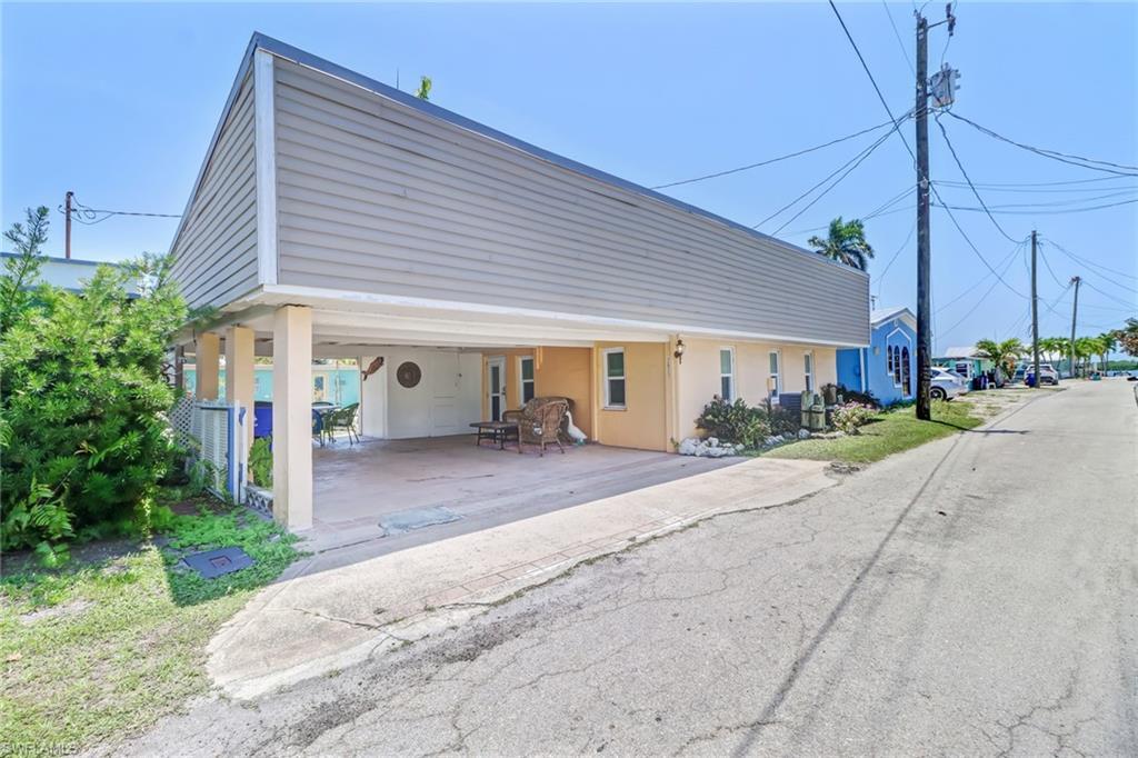 2621 Coco Plum Drive Property Photo