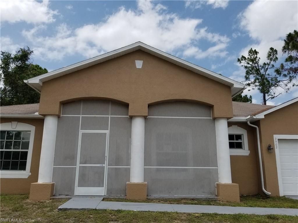 2502 10th Street W Property Photo