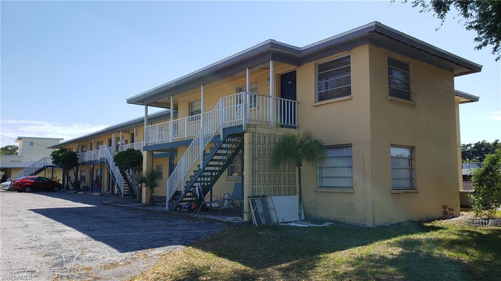 8110 N Tamiami Trail Property Photo