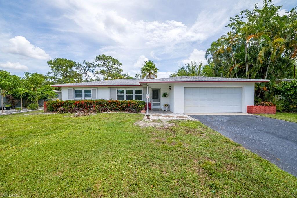 2337 Woodland Boulevard Property Photo 1