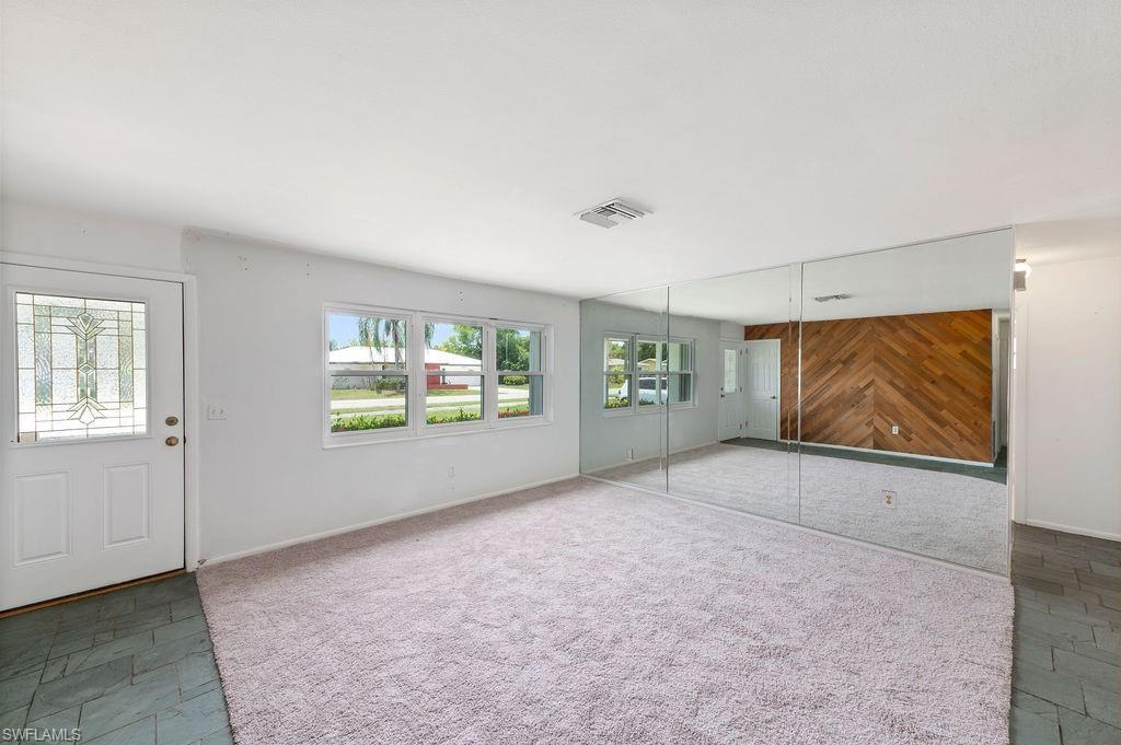2337 Woodland Boulevard Property Photo 9