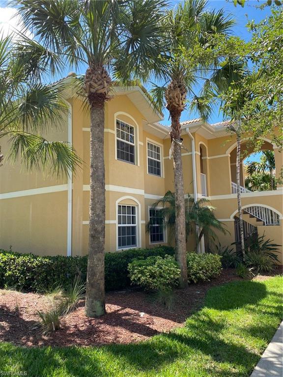 1083 Winding Pines Circle #202 Property Photo 1