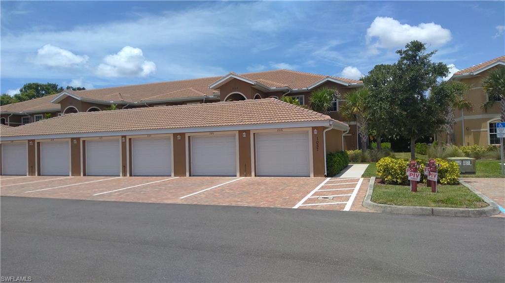 1057 Winding Pines Circle #206 Property Photo 1