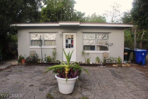 2227 Clifford Street Property Photo
