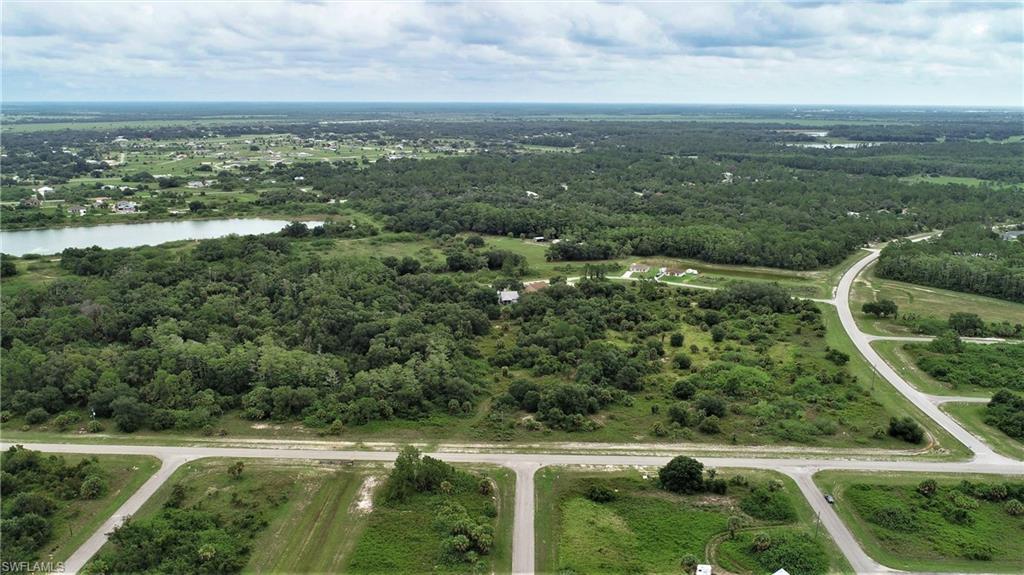 8000 Ne Raintree Boulevard Property Photo