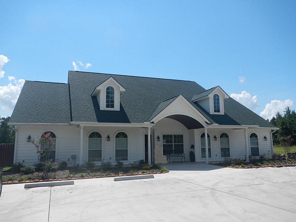7899 Hwy 190 W Property Photo 1