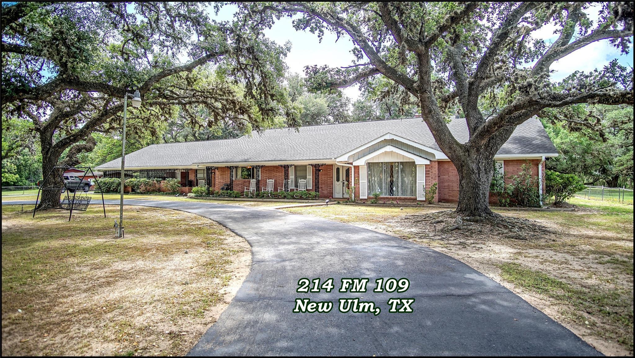 214 Farm To Market 109 Property Photo