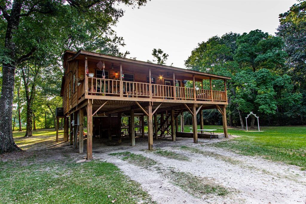16 Magnolia Road Property Photo - Woodbranch, TX real estate listing