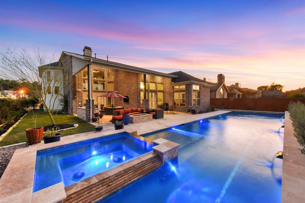 50 Oak Estates Drive Property Photo - Conroe, TX real estate listing
