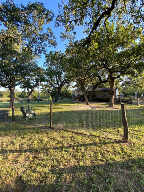 302 E Lois Lane Property Photo - Somerville, TX real estate listing