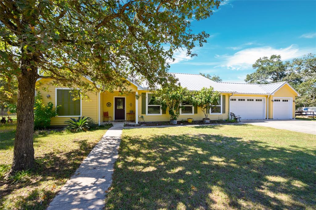 1124 Bass Road, Garwood, TX 77442 - Garwood, TX real estate listing
