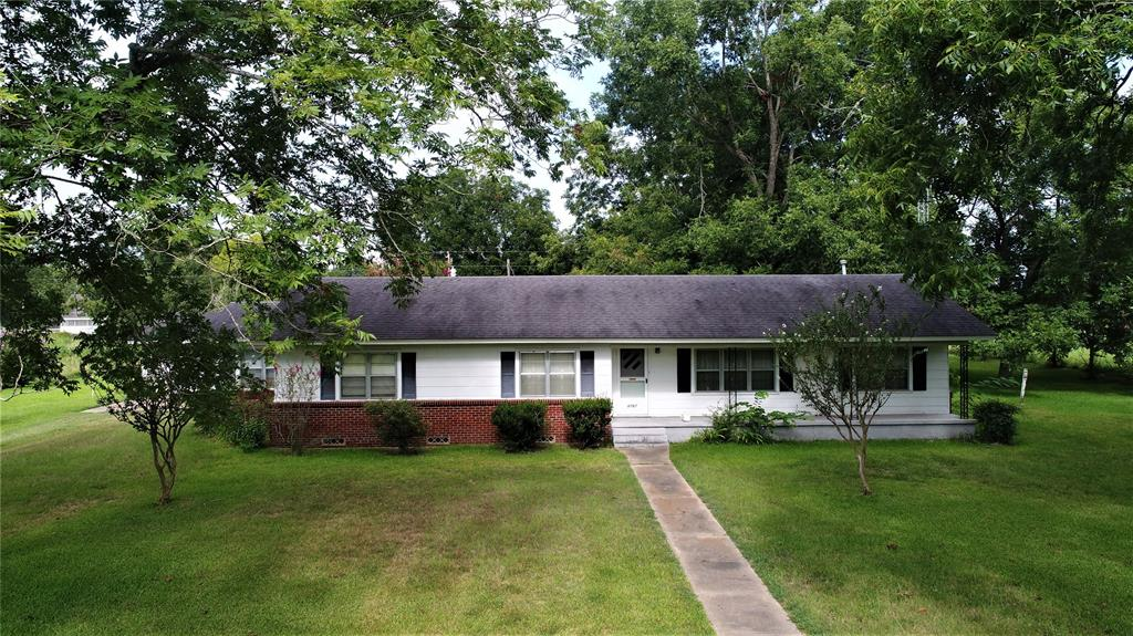 6767 FM 2781 Property Photo - Pennington, TX real estate listing