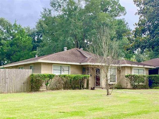 301 Liveoak Street, Silsbee, TX 77656 - Silsbee, TX real estate listing