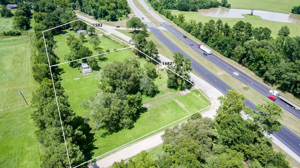 1682 State Highway Loop 393 Property Photo