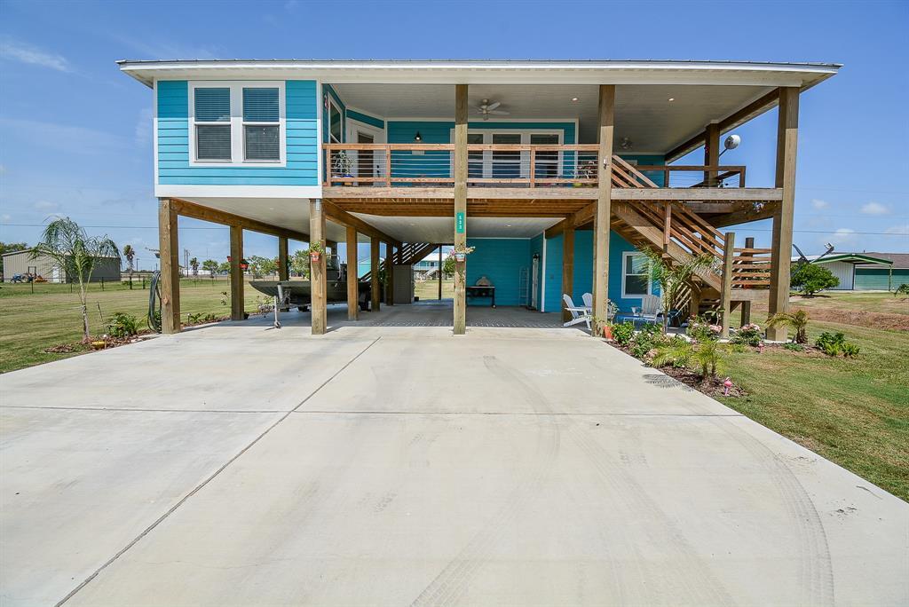 533 W Bayshore Drive Property Photo - Palacios, TX real estate listing