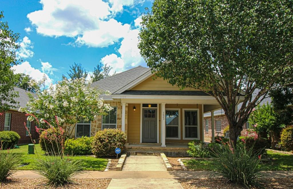 1623 Hanz Drive Property Photo - New Braunfels, TX real estate listing