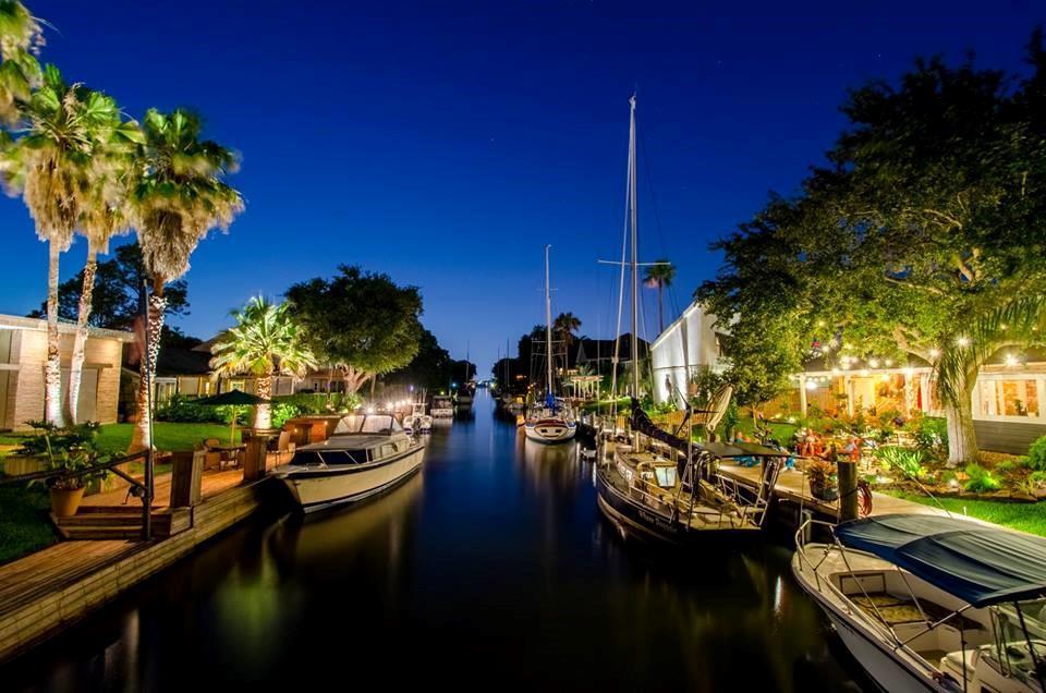 68 Harbor Lane Property Photo - Kemah, TX real estate listing