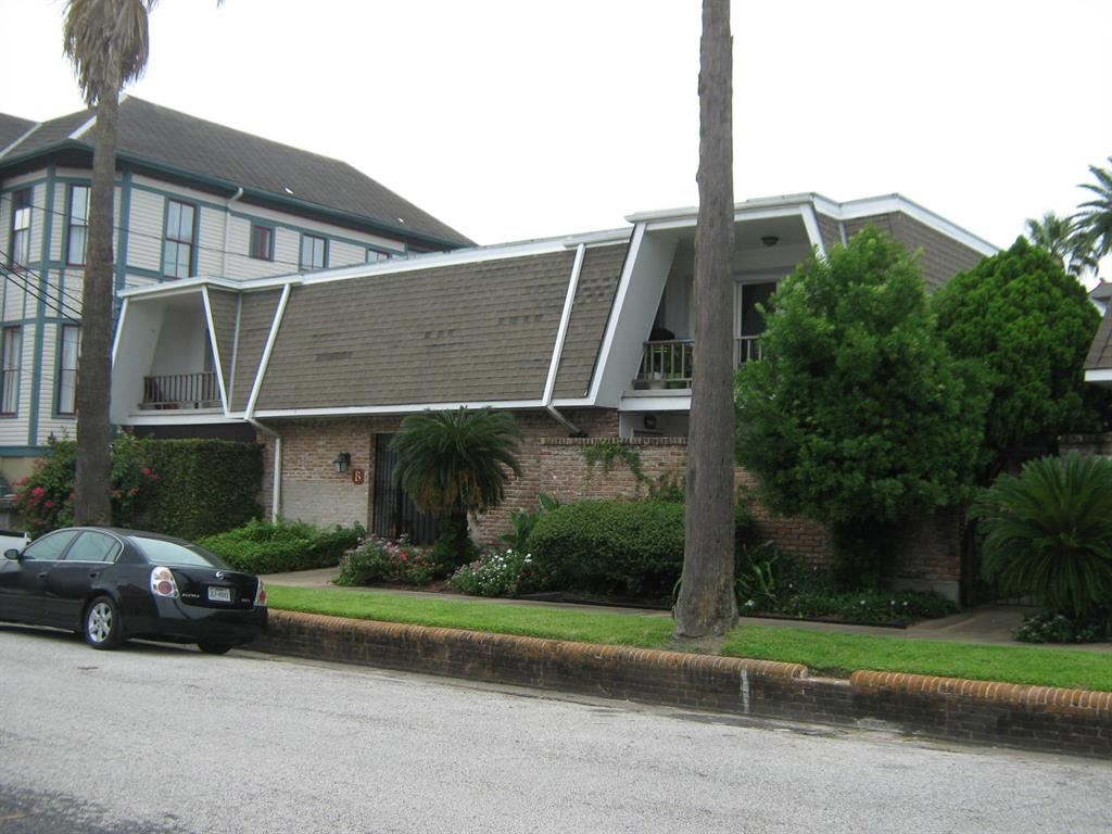 1726 Broadway Street Property Photo - Galveston, TX real estate listing