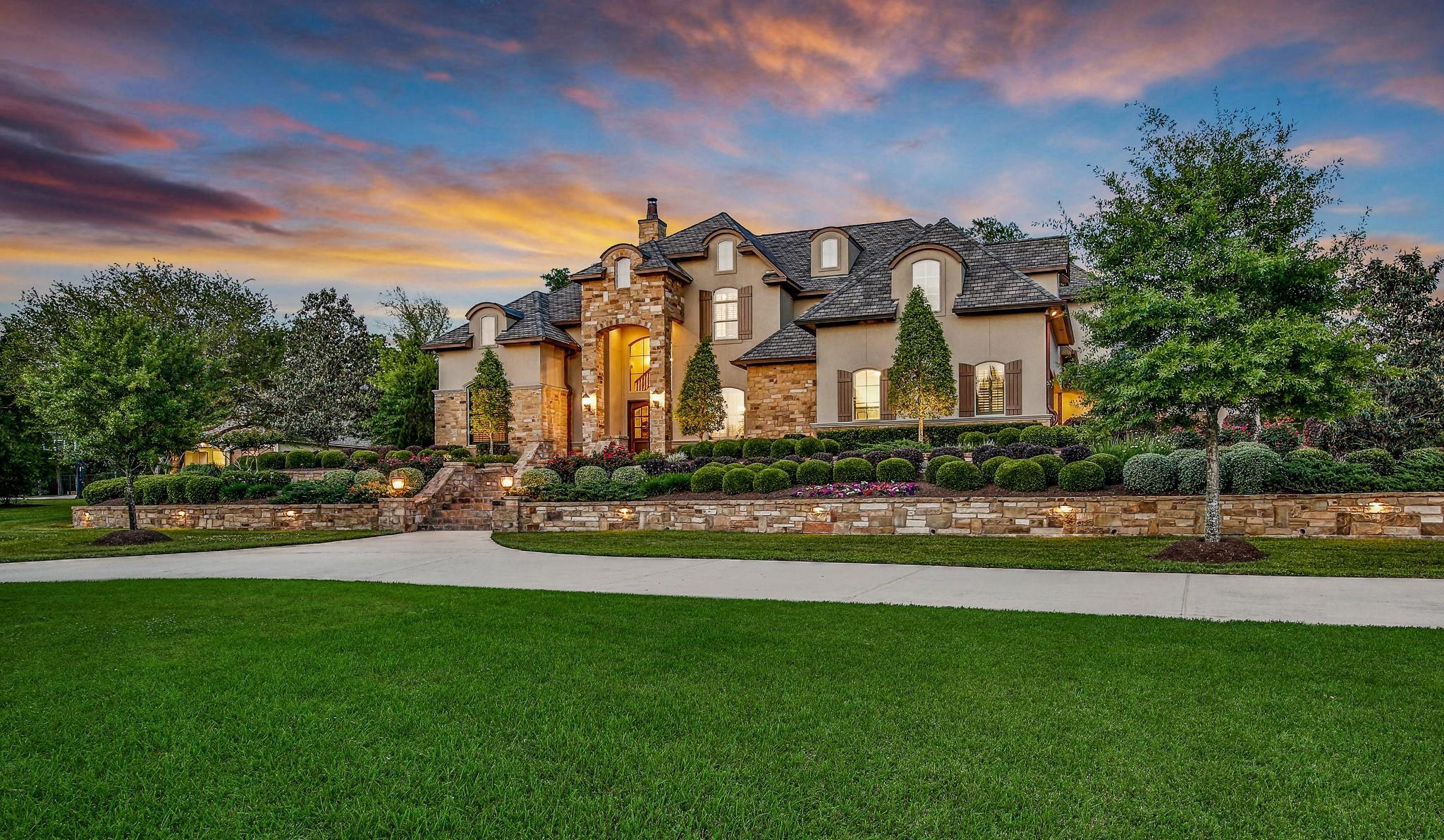6 Huntington Woods Estates Drive Property Photo