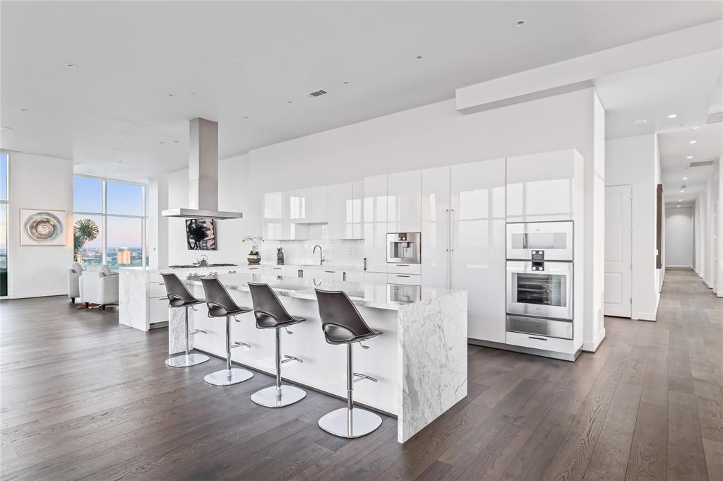 4521 San Felipe Street #3101 Property Photo - Houston, TX real estate listing