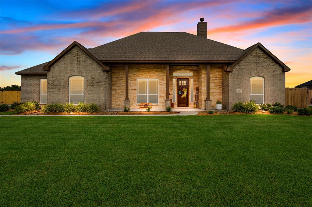 4618 Pineloch Bayou Drive Property Photo - Baytown, TX real estate listing