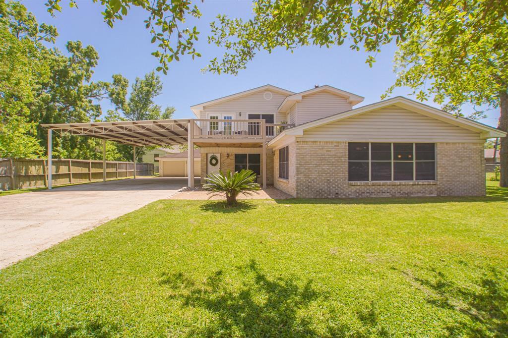 315 Seagrove Street Property Photo - Shoreacres, TX real estate listing