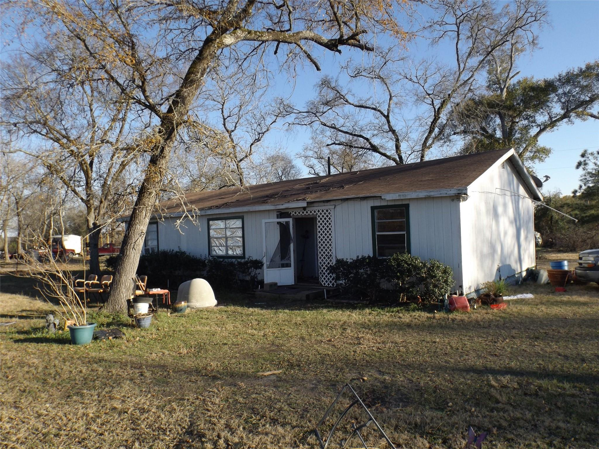 5329 County Road 227 Property Photo - Bedias, TX real estate listing