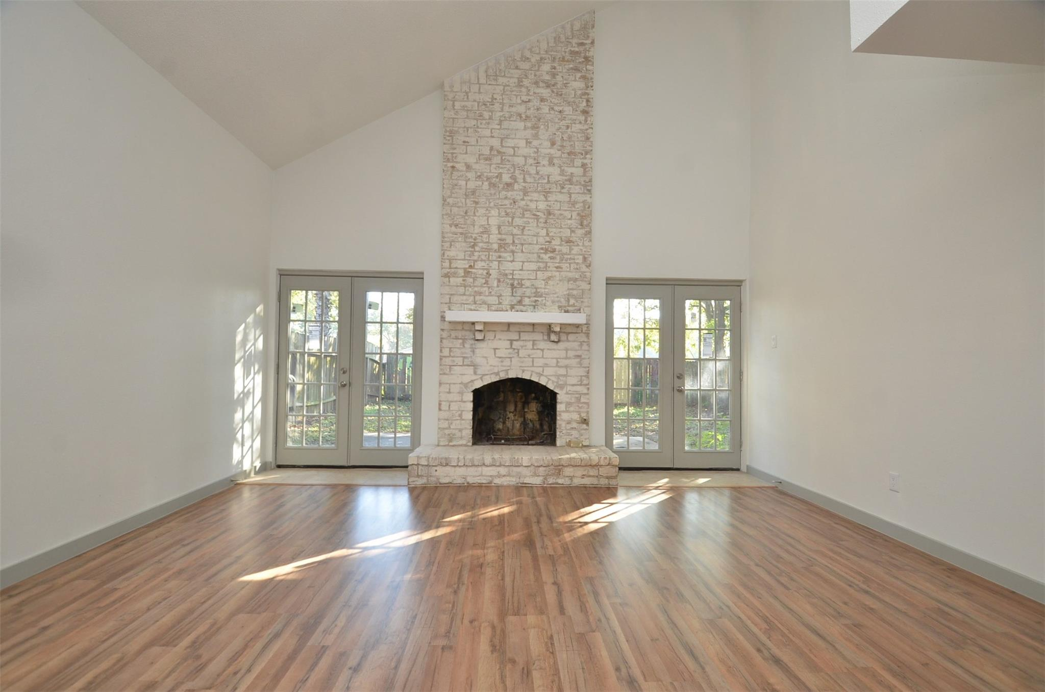 7209 S Gessner Road Property Photo - Houston, TX real estate listing