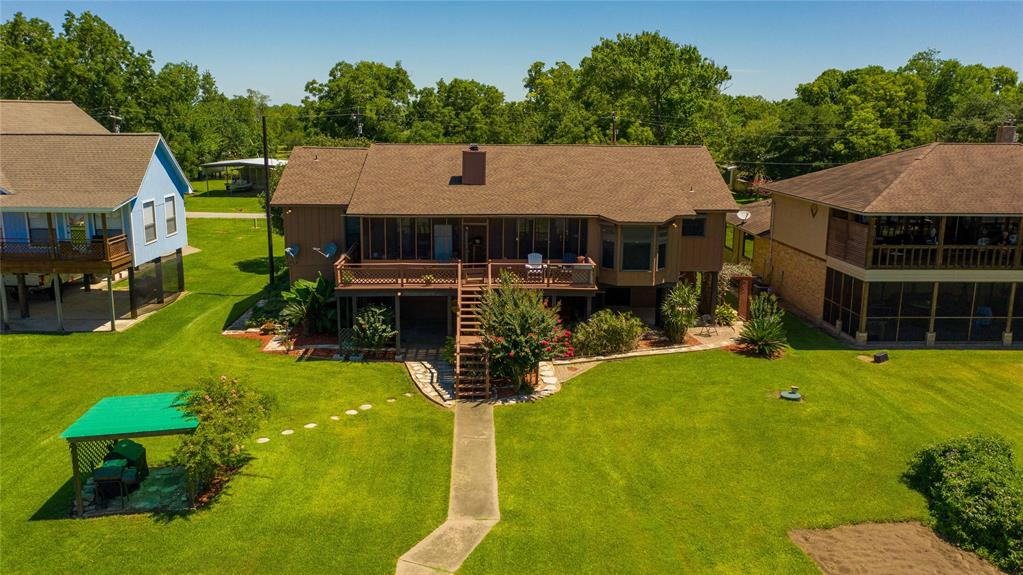 2204 County Road 243 Property Photo - Bay City, TX real estate listing