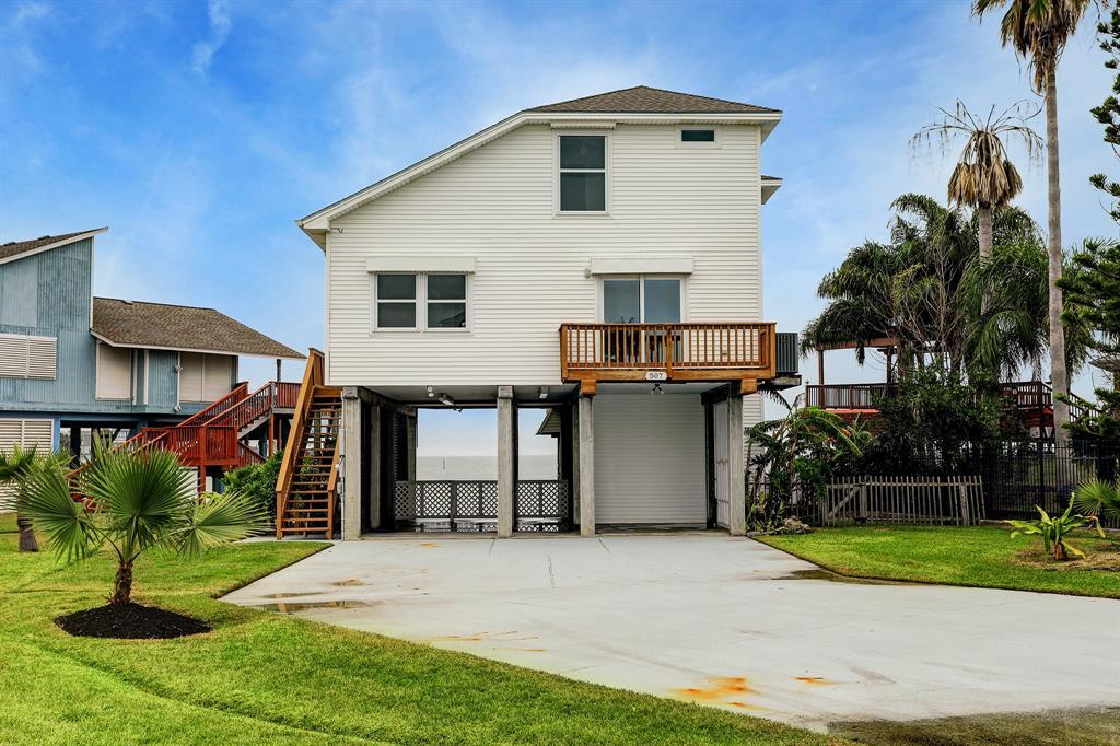 507 Bora Bora Drive, Tiki Island, TX 77554 - Tiki Island, TX real estate listing