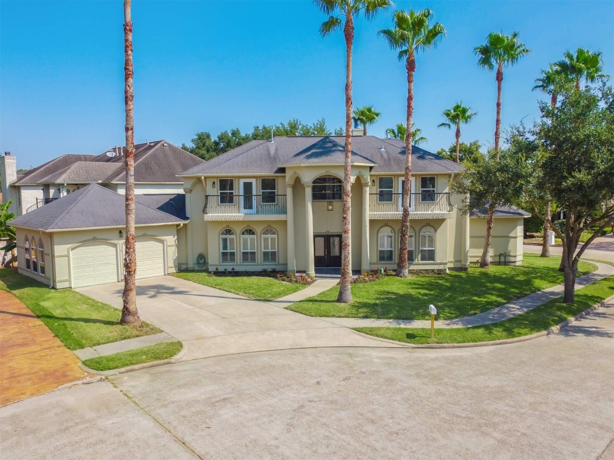 8002 Harbor Point Drive Property Photo - Houston, TX real estate listing