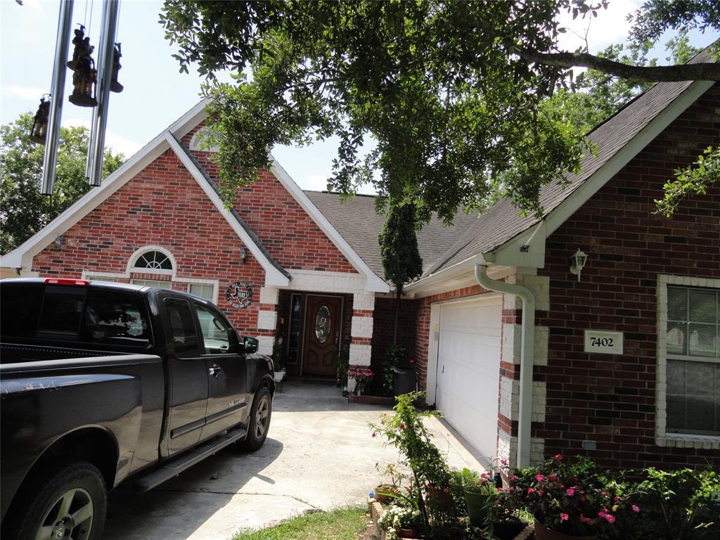 7402 Moline Street Property Photo - Houston, TX real estate listing