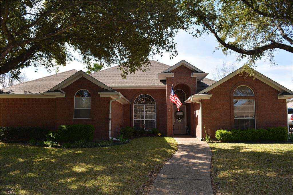 9208 Spring Ridge Circle, Waco, TX 76712 - Waco, TX real estate listing