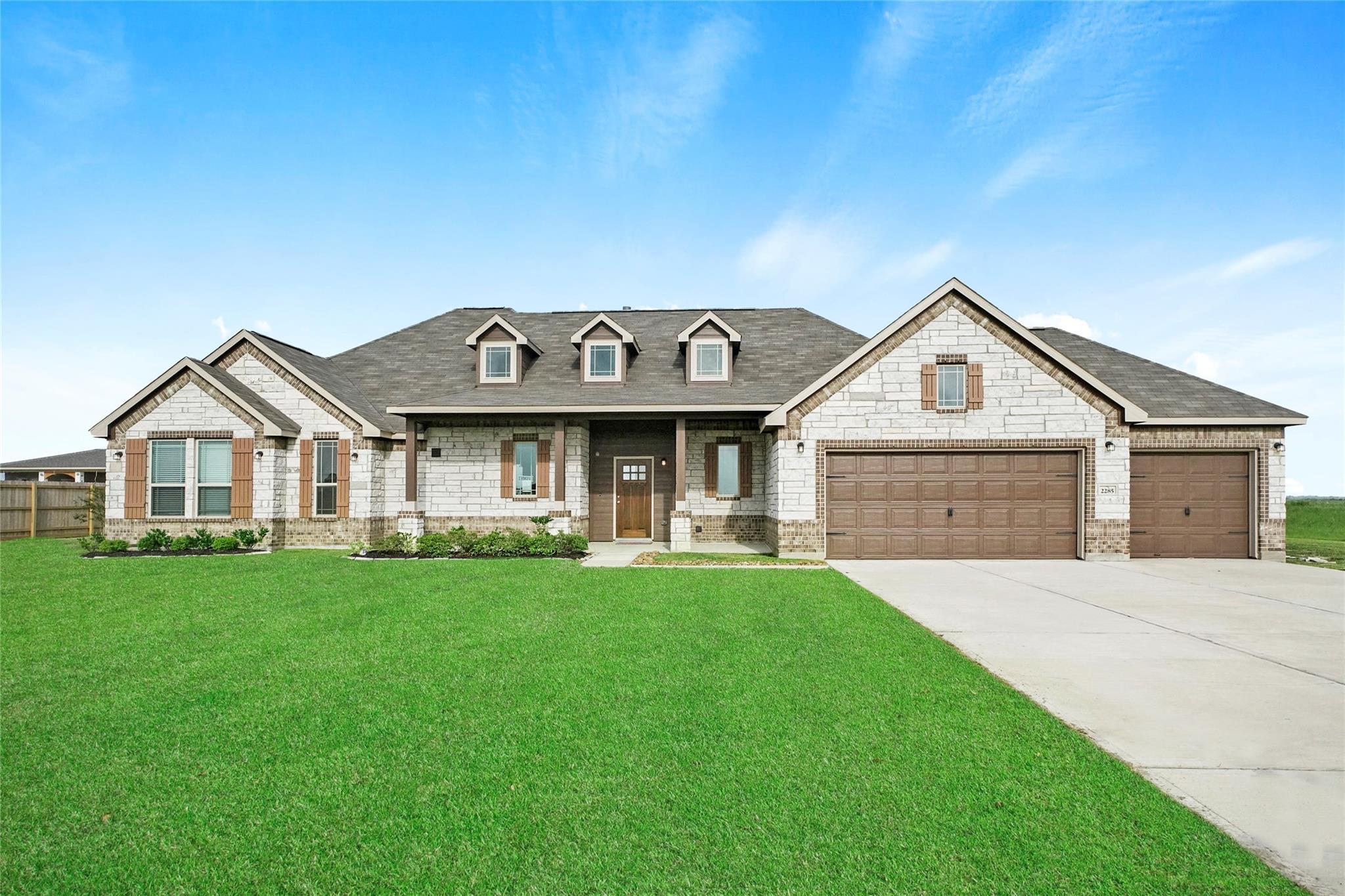 2285 Diamond D Drive Property Photo - Beaumont, TX real estate listing